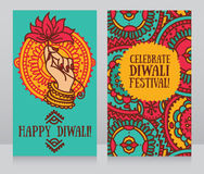 Schöne Grußkarten für diwali Festival mit der Hand und dem Lotos des indischen Gottes lizenzfreie abbildung