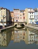 Schöne Häuser in Narbonne, Frankreich Stockfotografie