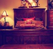 Schöne Handwerker-Bedroom Contemporary Bedroom-Architektur stockbilder