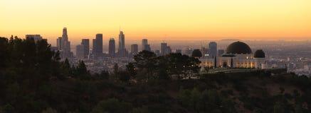 Schöne helle im Stadtzentrum gelegene Stadt-Skyline-städtische Metropole Los Angeless Kalifornien lizenzfreies stockbild