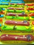 Schöne helle Kuchen am Eliseevskiy-Speicher in St Petersburg Stockbild