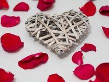 Schöne Herzform der hölzernen Webart Stockbilder