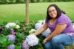 Schöne hispanische junge Frau Lizenzfreie Stockfotografie