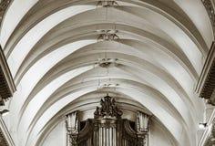 Schöne Innenansicht der Abteikirche in Floreffe Stockbild