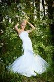 Schöne junge blonde Braut Stockbilder