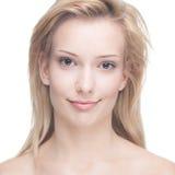 Schöne junge blonde Frau Lizenzfreie Stockfotografie