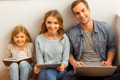 Schöne junge Familie Stockfoto