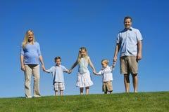 Schöne junge Familie stockbild