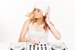 Schöne junge Frau DJ Stockbild