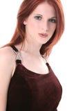 Schöne junge Frau im Samt-Kleid Stockbilder