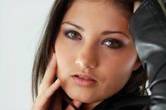 Schöne junge Frau (Mädchen) Lizenzfreies Stockfoto