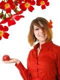 Schöne junge Frau mit rotem Apfel Lizenzfreies Stockbild