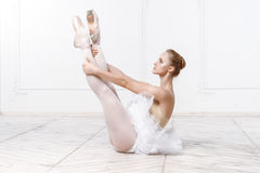 Schöne junge Frauen-Ballerina Stockfoto