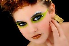 Schöne junge Frauen-Gesicht Artsitic Kosmetik Stockfotos