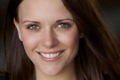 Schöne junge gesunde Frau Lizenzfreie Stockfotos