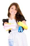 Schöne junge Hausfraureinigung Stockfoto