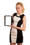 Schöne junge kaukasische Geschäftsfrau mit Funktion des blonden Haares Stockfoto