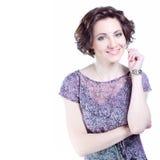 Schöne junge lächelnde Frau Stockfoto