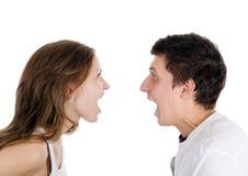 Schöne junge Paare schwören Stockfotos