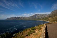 Schöne Küstenlinie von Südafrika Stockbild