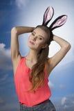 Schöne Kaninchenfrau Lizenzfreie Stockbilder