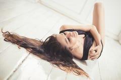 Schöne kaukasische Frau Stockfotos