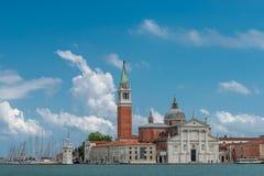 Schöne Kirche von San Giorgio Maggiore und sein Glockenturm, Ven Lizenzfreie Stockfotografie