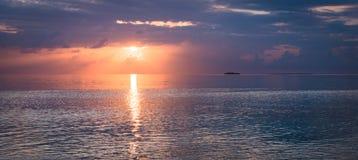 schöne Kunst des Sonnenuntergangs Stockbild