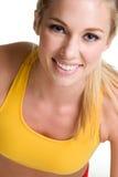 Schöne lächelnde blonde Frau stockbilder