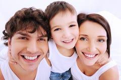 Schöne lächelnde Gesichter der Leute Stockfotografie