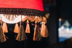 Schöne Lampe nettes Café stockbilder