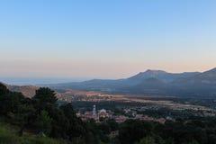 Schöne Landschaft bei Sonnenaufgang, Corse, Frankreich Stockbild