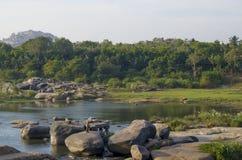 Schöne Landschaft der alten Stadt von Hampi in Indien Stockfotografie