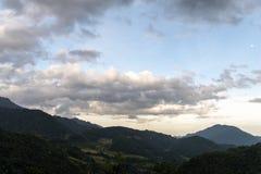 Schöne Landschaft an der Banaue-Reisterrasse lizenzfreies stockbild