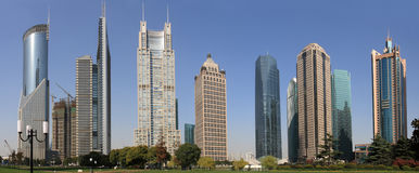 Schöne Landschaft der modernen Stadt Stockfoto