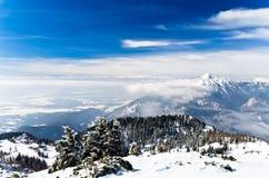 Karavanke Landschaft, Südseite der Alpen Stockfoto