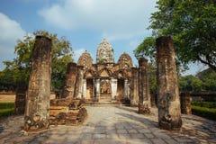 Schöne Landschaft des alten Tempels im sukhothai-historypark, Sukhothai, Thailand Lizenzfreies Stockfoto