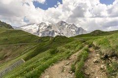 Schöne Landschaft des Marmolada-Gebirgsmassivs dolomites Italien lizenzfreies stockfoto