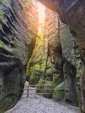 Schöne Landschaft in Felsen Adrspach Teplice, Tschechische Republik Stockfotografie