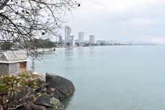Schöne Landschaft mit einer Ansicht über Hua Hin vom Affeberg Khao Takiab in Hua Hin, Thailand, Asien Stockfotos