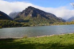 Schöne Landschaft, Tres Picos und bewölktes Lizenzfreie Stockfotografie