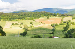 Schöne Landschaft und Hügel in Toskana, Italien Lizenzfreies Stockfoto