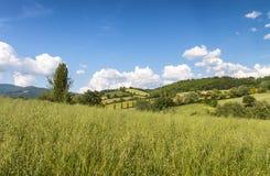 Schöne Landschaft und Hügel in Toskana, Italien Lizenzfreie Stockfotos