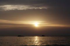 Schöne Landschaft von Ibiza und von seinem Paradiesstandort während des Sonnenaufgangs lizenzfreies stockbild
