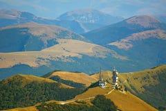 Schöne Landschaften der Berge eingelassen dem Apennines, Italien lizenzfreie stockfotos
