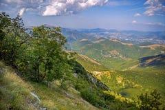 Schöne Landschaften der Berge eingelassen dem Apennines, Italien lizenzfreie stockfotografie