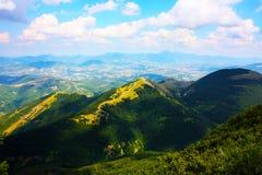 Schöne Landschaften des Apennines stockbilder