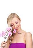 Schöne leichte Frau mit einem zarten Ausdruck Lizenzfreie Stockfotografie