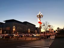 Schöne Lichter der Nachtansicht auf der Chang An-Straße stockbild