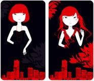 Schöne Mädchen gegen Stadtgebäude Stockfotos